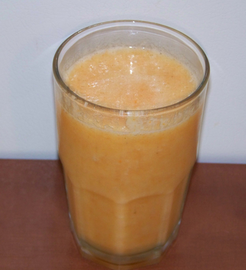 orange smoothie with carrot
